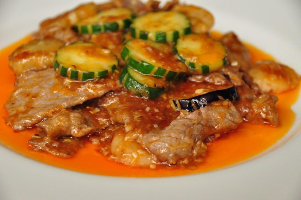 魚香牛肉 (牛肉の香辛料炒め)