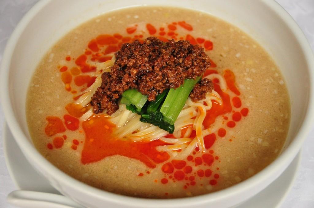 担々湯麺 (タンタンメン)