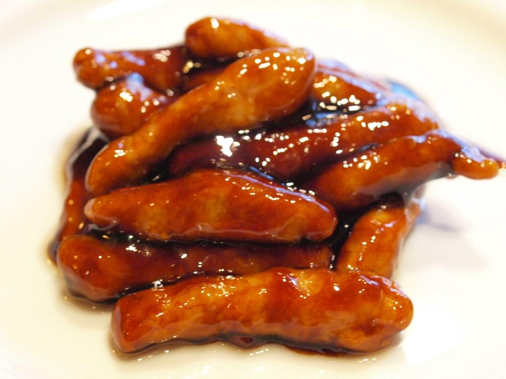 黒醋肉条 (黒酢の酢豚)